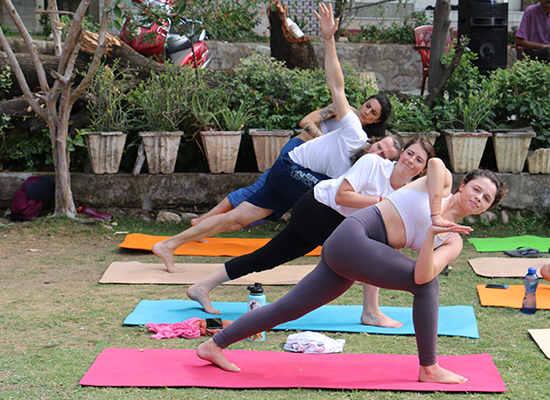 images/best-yoga-school-in-rishikesh.jpg